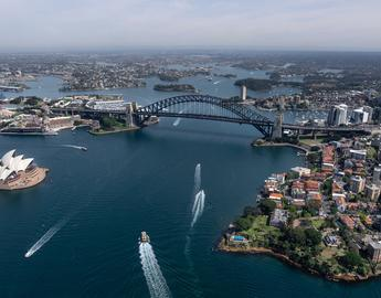 Sydney harbour aerial view, photo by Mudassir Ali on pixabay